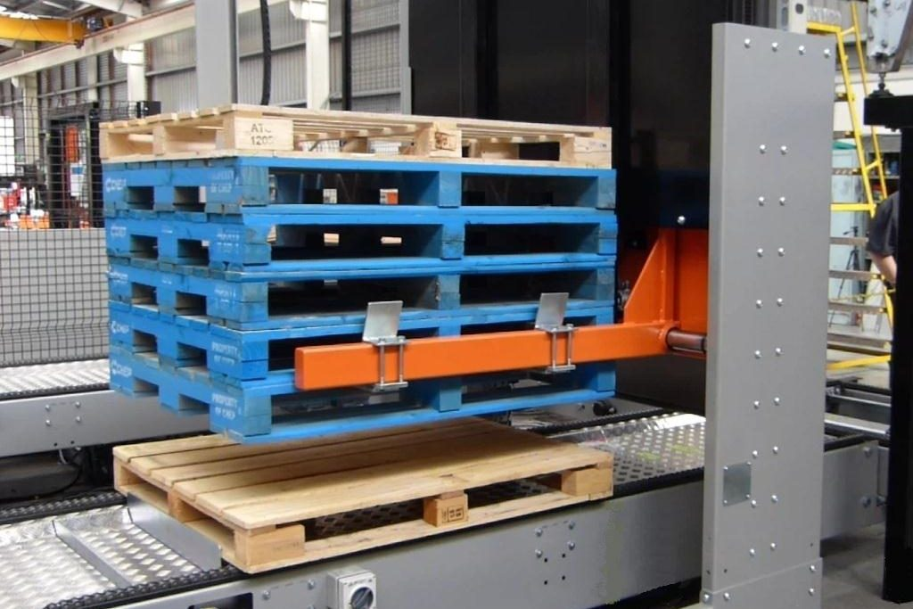 Pallet-Dispenser-Stacker-2